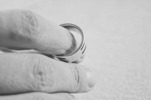 مشاوره طلاق مشاوره حقوقی طلاق از جانب زوجه مشاوره حقوقی طلاق از جانب زوجه                       300x199